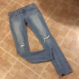 American Eagle distressed skinny jeans size 0